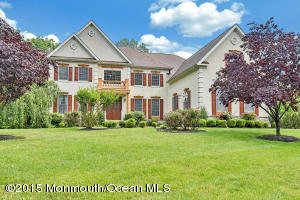 Photo of home for sale at 34 Whirlaway Drive Drive, Tinton Falls NJ