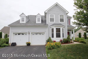 Photo of home for sale at 12 Harbor Place Place, Barnegat NJ