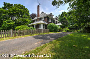 Photo of home for sale at 137 Jacobstown Arneytown, Wrightstown NJ