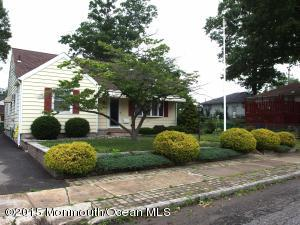 Photo of home for sale at 234 Gereghty Street Street, Sayreville NJ