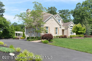 Photo of home for sale at 1578 Horseshoe Drive Drive, Manasquan NJ