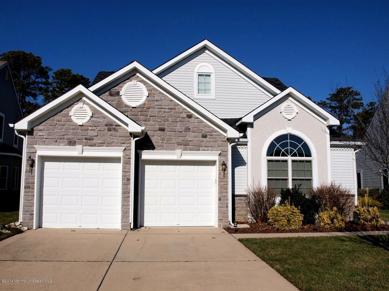 Photo of home for sale at 60 Spring Lake Boulevard Boulevard, Waretown NJ