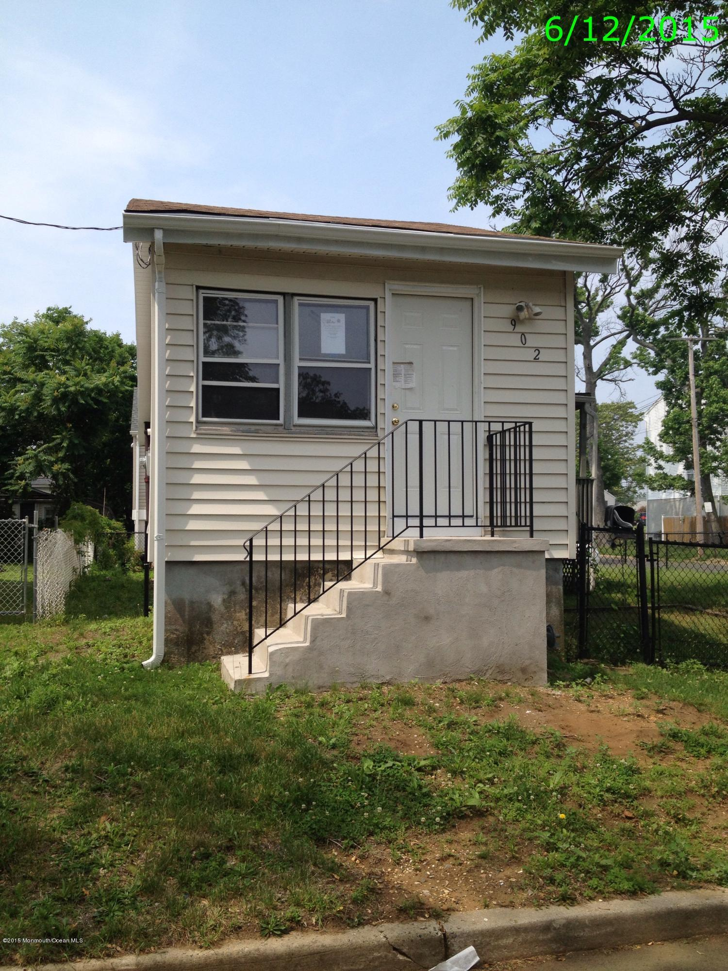 Photo of home for sale at 902 Center Street Street, Union Beach NJ