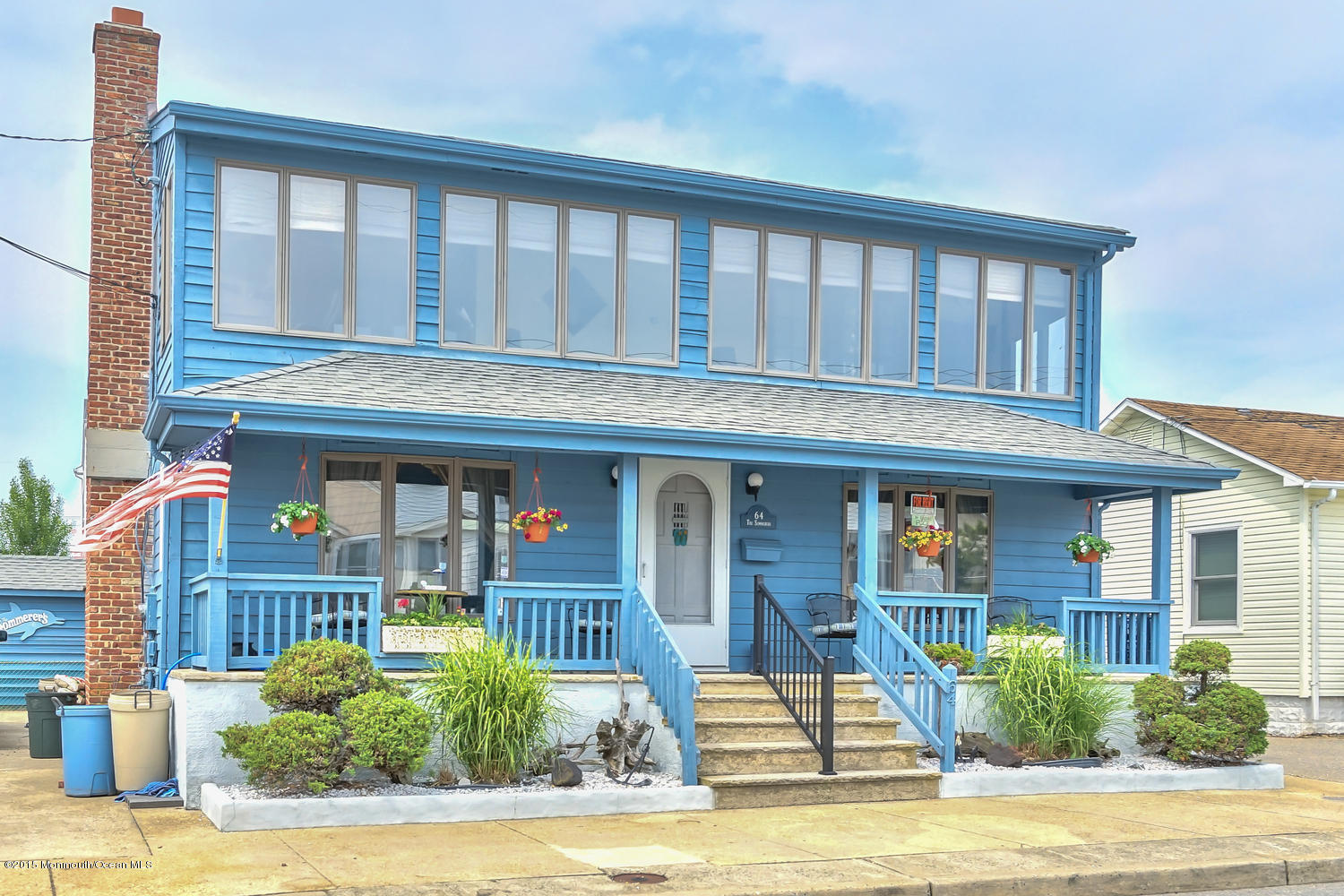 Photo of home for sale at 62 O Street Street, Seaside Park NJ