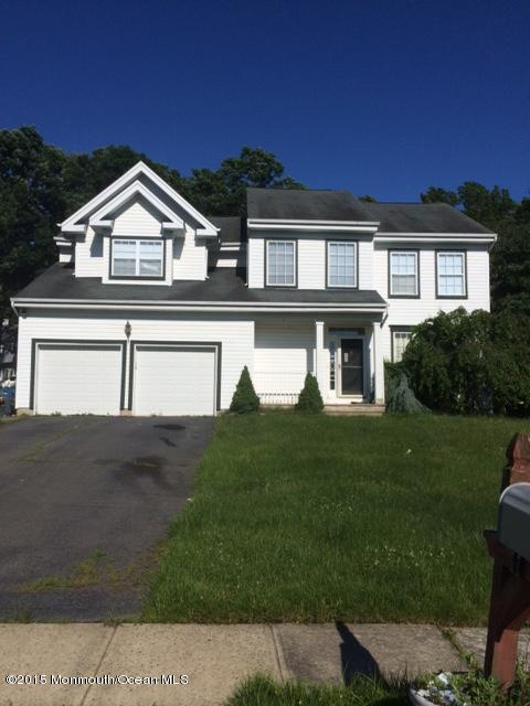 Photo of home for sale at 11 Lancaster Way Way, Jackson NJ