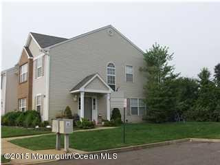 Photo of home for sale at 21 Haverford Court Court, Freehold NJ