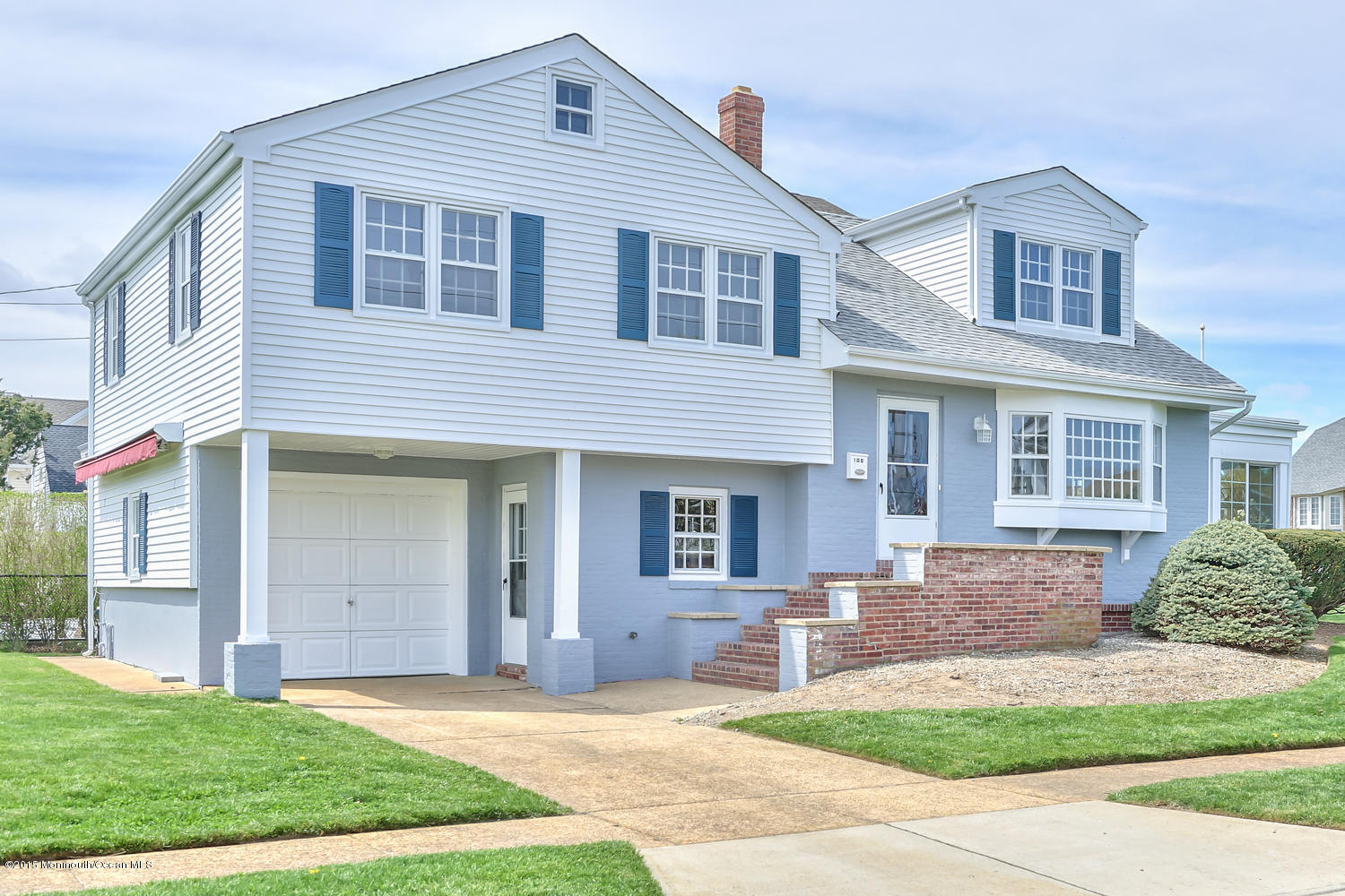 Photo of home for sale at 100 Neptune Place Place, Sea Girt NJ