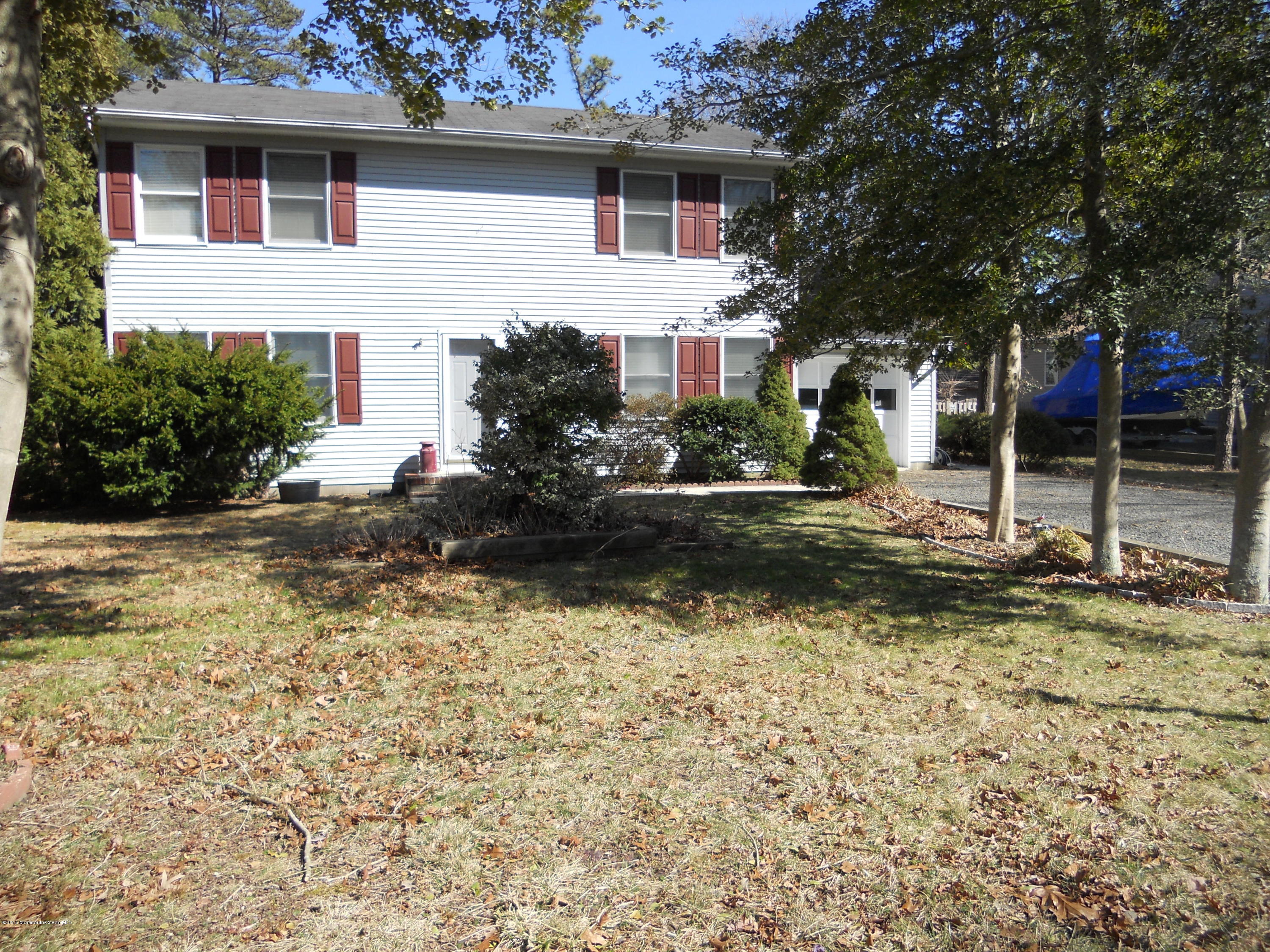 Photo of home for sale at 32 Abbie Drive Drive, Little Egg Harbor NJ