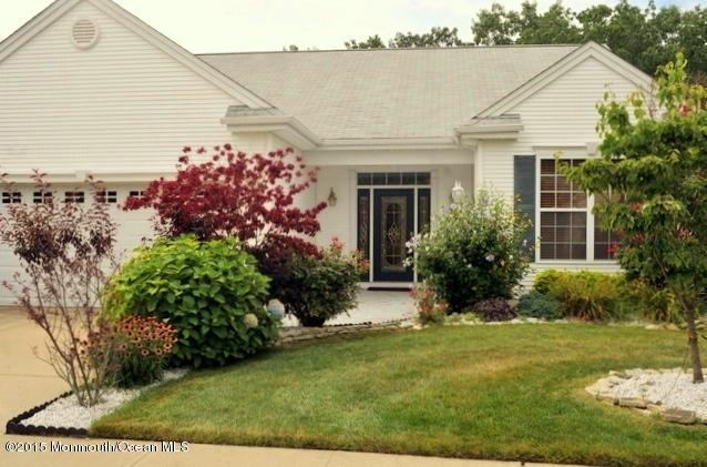 Photo of home for sale at 24 Pier Point Point, Little Egg Harbor NJ