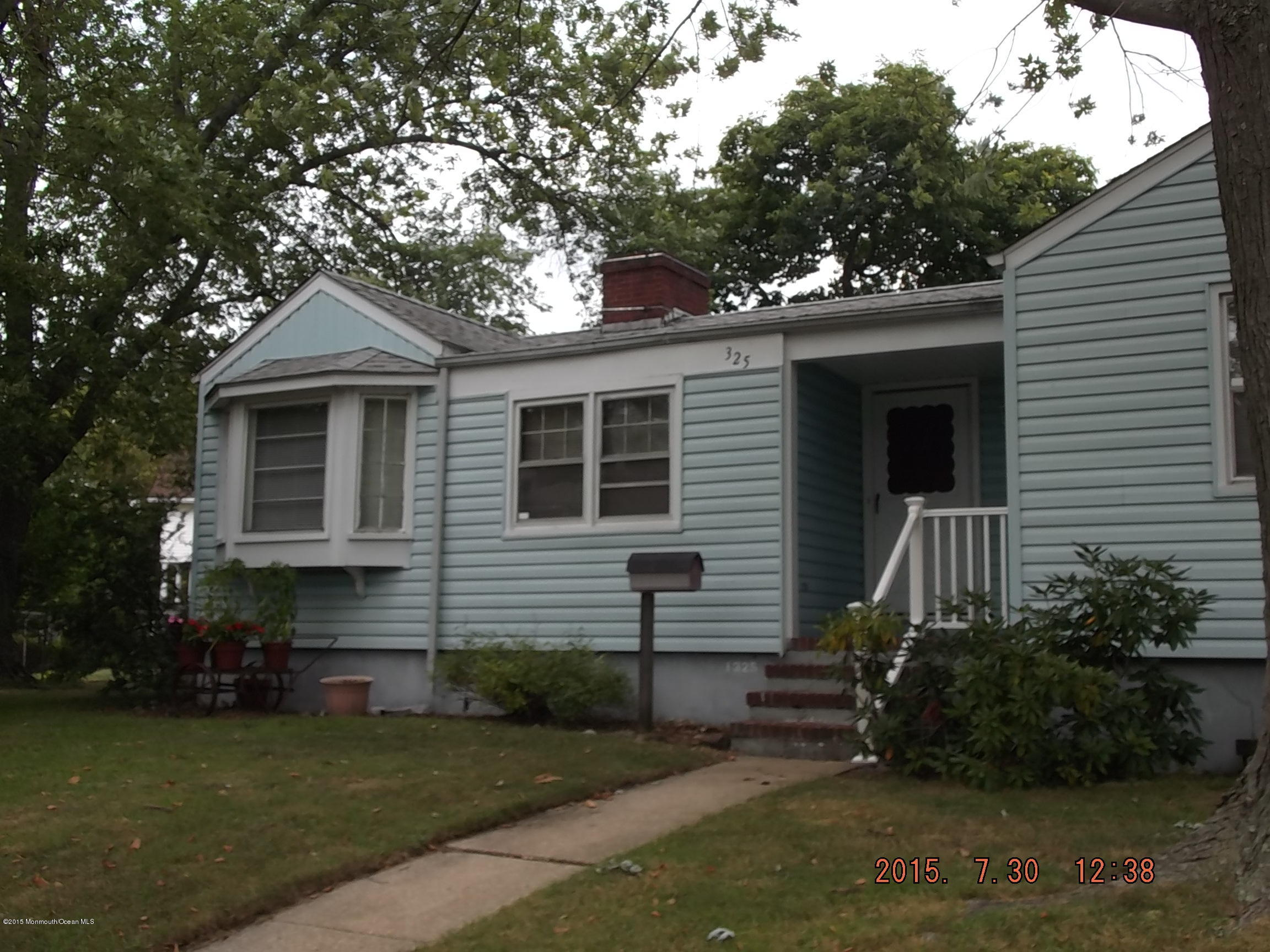 Photo of home for sale at 1325 2nd Avenue Avenue, Asbury Park NJ
