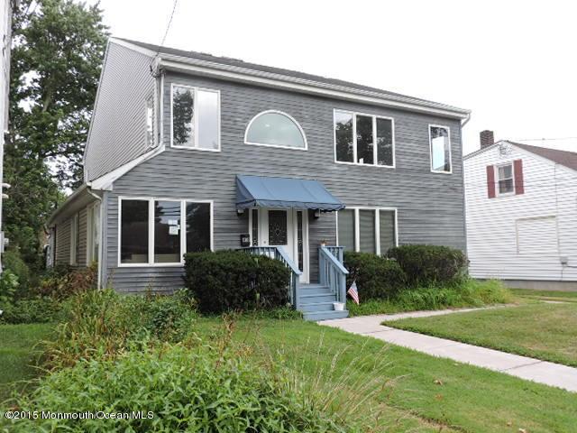 Photo of home for sale at 408 Main Street Street E, Manasquan NJ