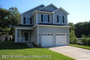 Photo of home for sale at 12 Fairview Terrace Terrace, Manahawkin NJ
