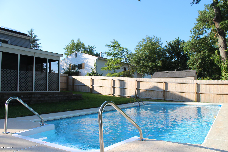 Photo of home for sale at 12 Sumner Avenue Avenue, Toms River NJ
