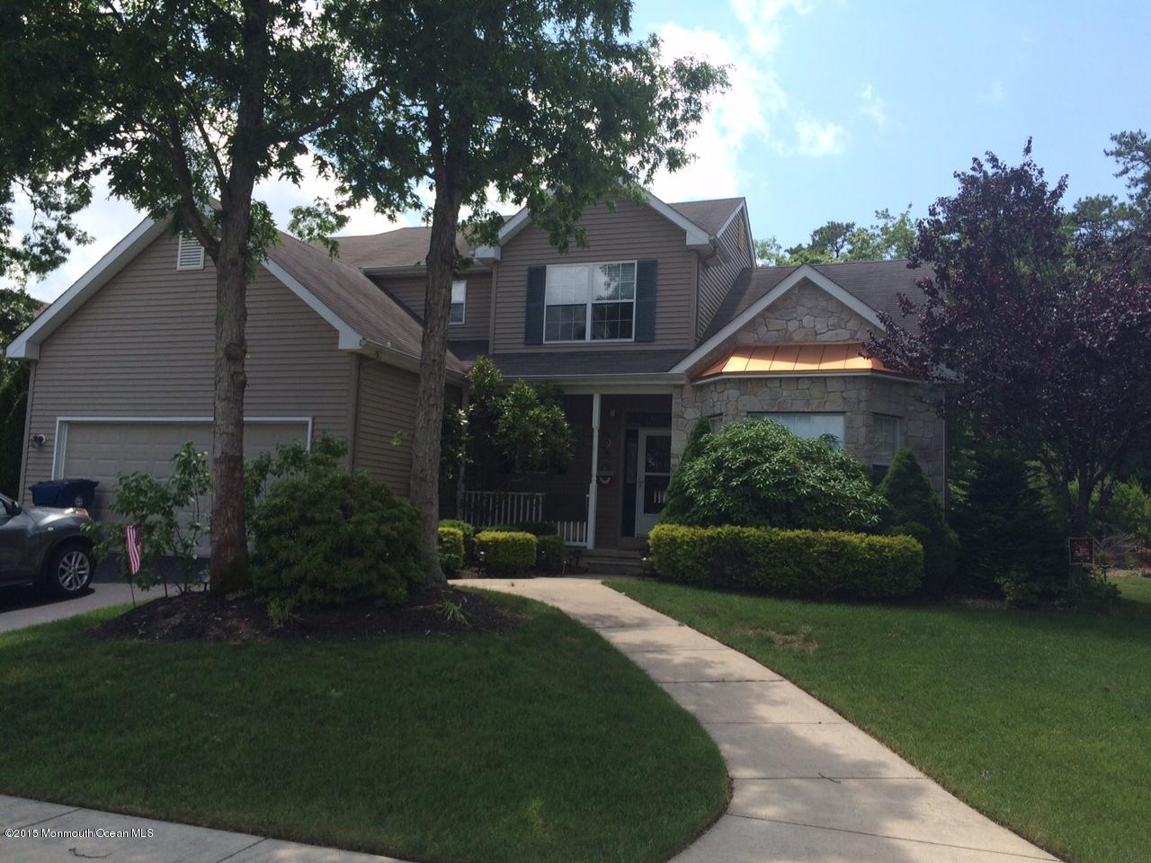 Photo of home for sale at 5 Cross Creek Drive Drive, Little Egg Harbor NJ