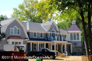 Photo of home for sale at 2 Club Way Way, Rumson NJ