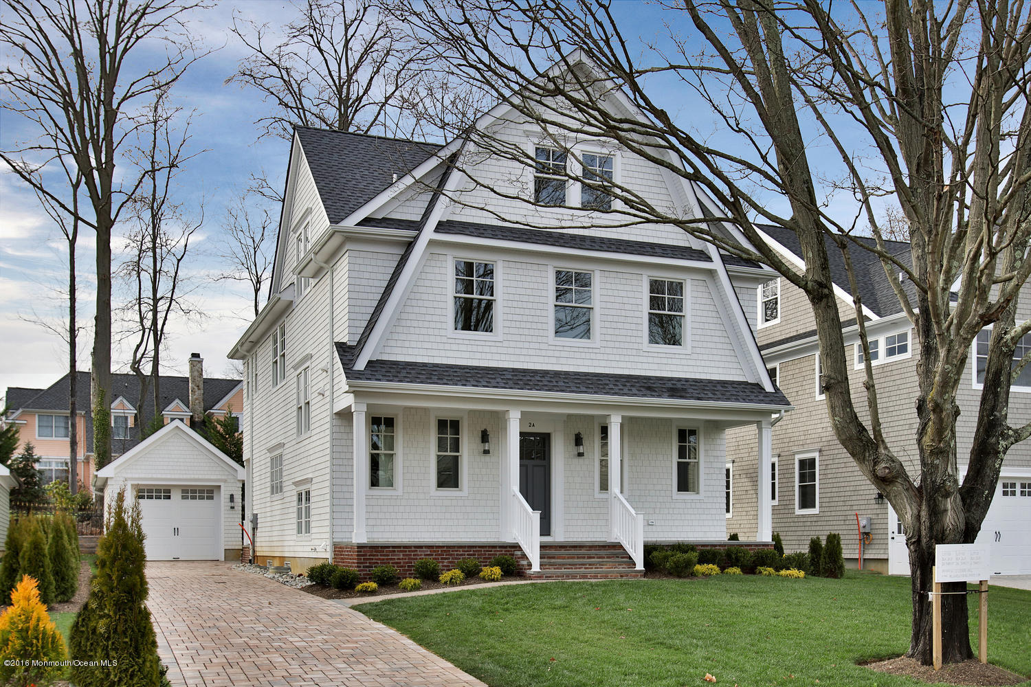 Photo of home for sale at 2a 3rd Street Street, Rumson NJ