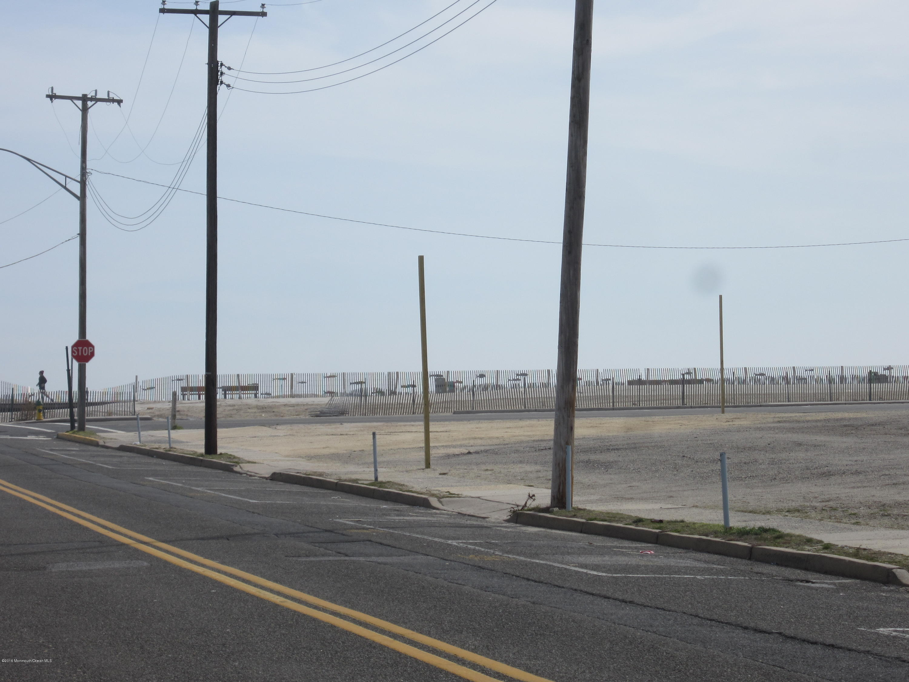 Photo of home for sale at 42 Porter Avenue Avenue, Seaside Heights NJ