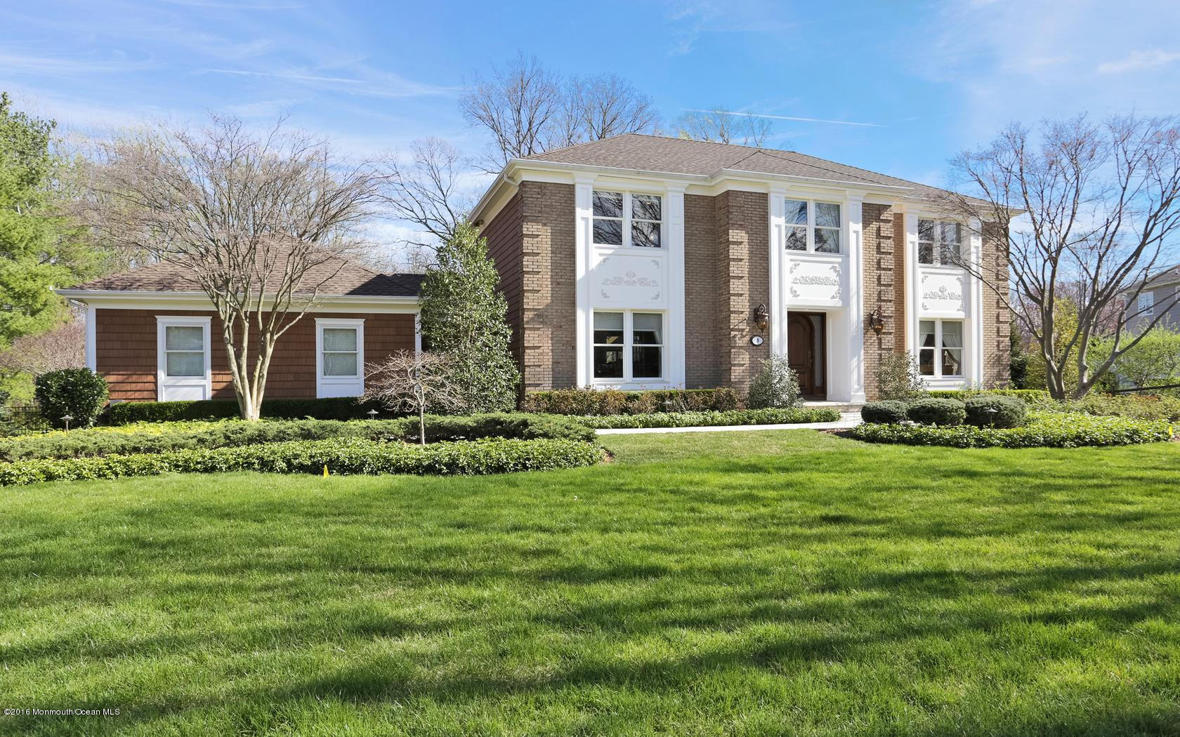Photo of home for sale at 9 Laird Road Road, Middletown NJ