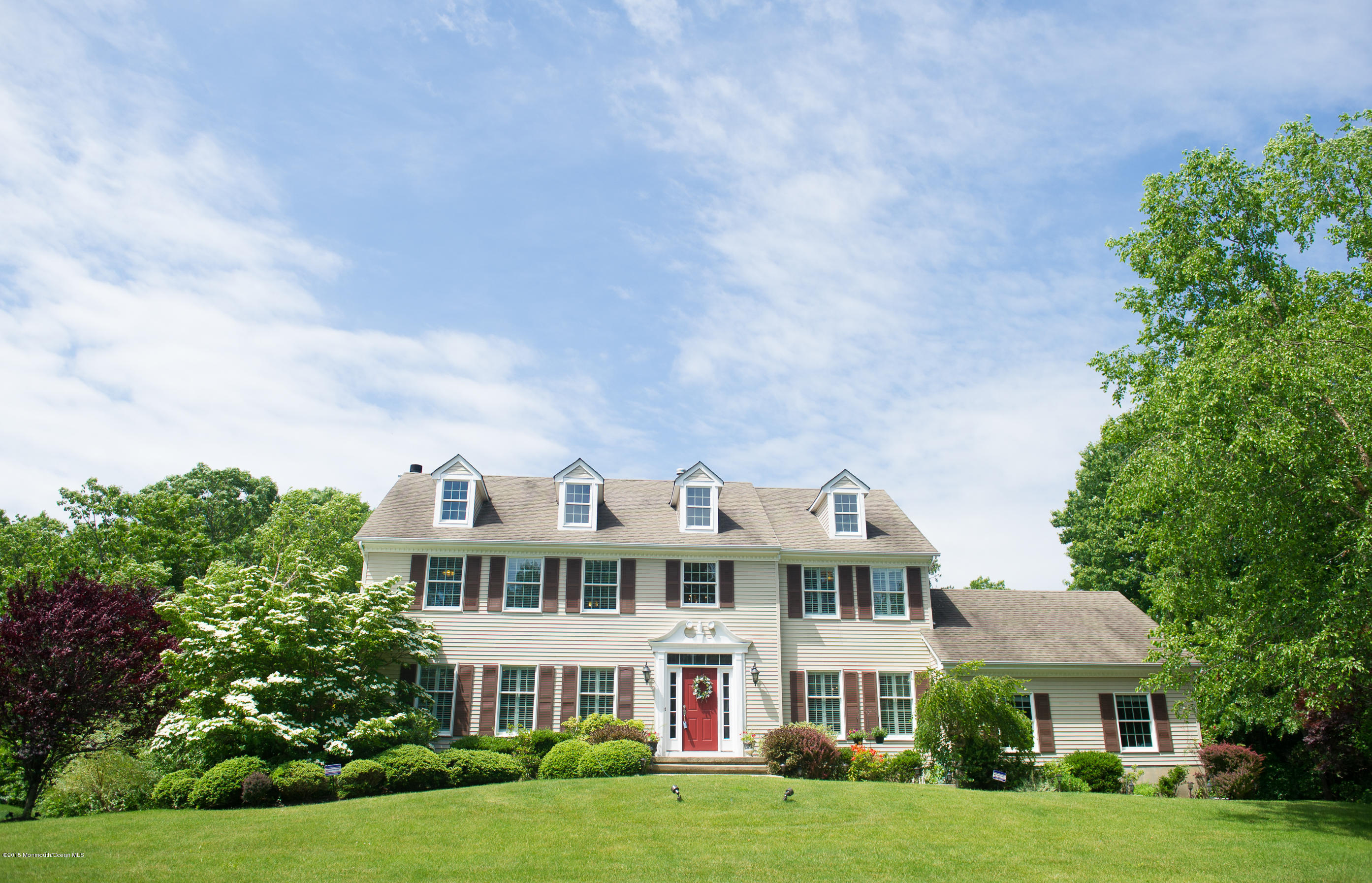 Photo of home for sale at 1433 Winesap Drive Drive, Manasquan NJ