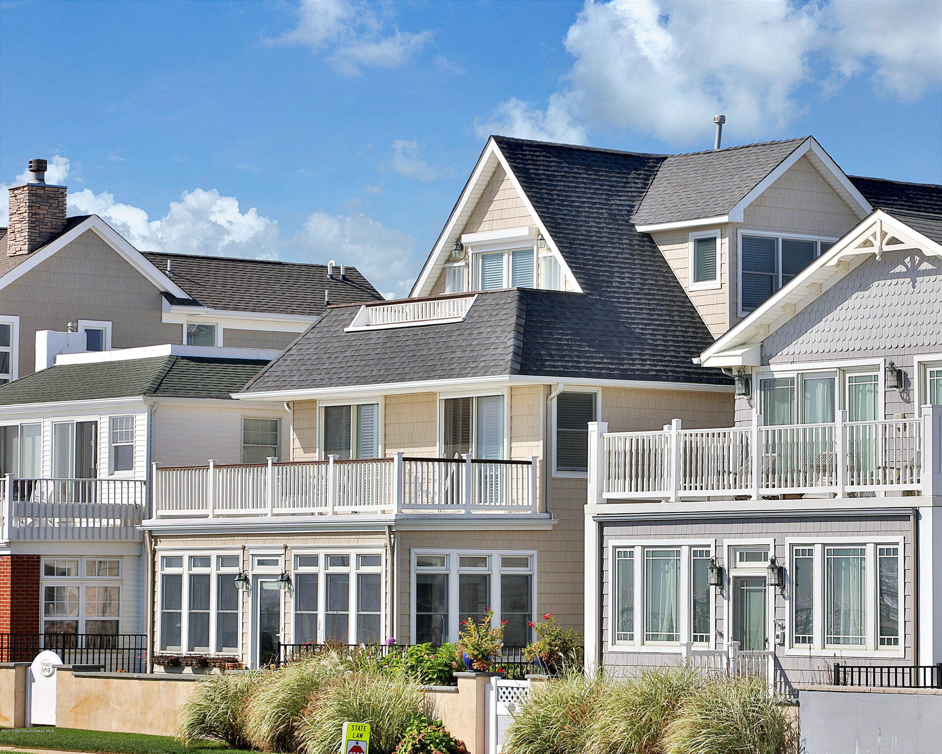 Photo of home for sale at 307 Ocean Avenue Avenue, Avon-by-the-sea NJ