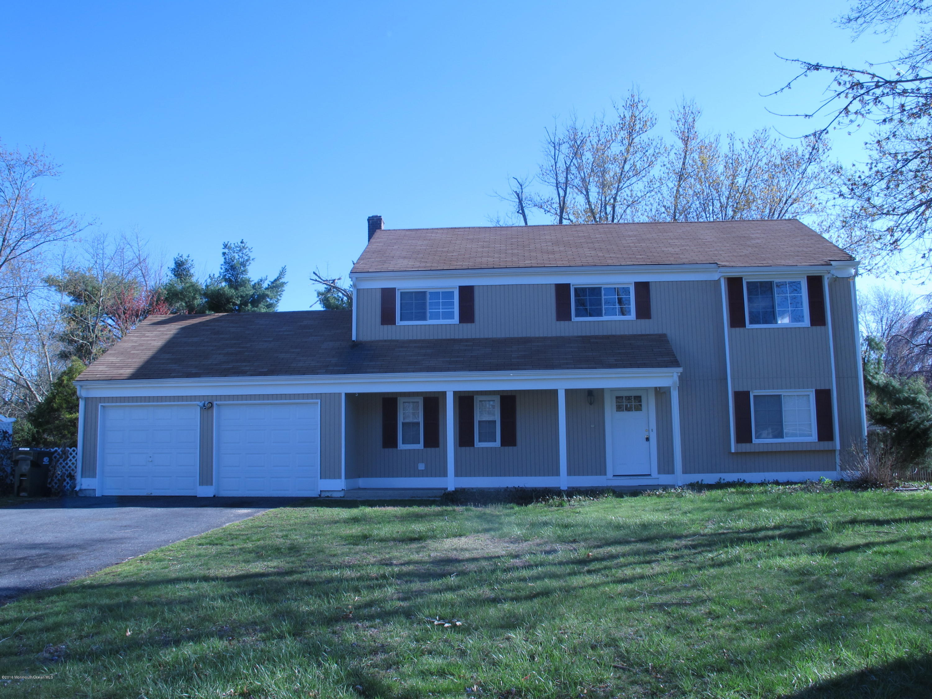 Photo of home for sale at 123 Andover Road Road, Jackson NJ