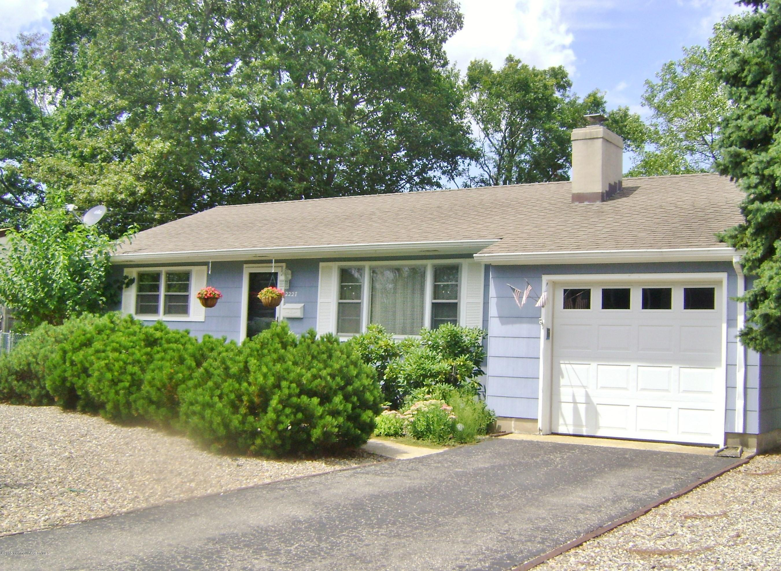 Photo of home for sale at 2227 Barnegat Boulevard Boulevard, Point Pleasant NJ