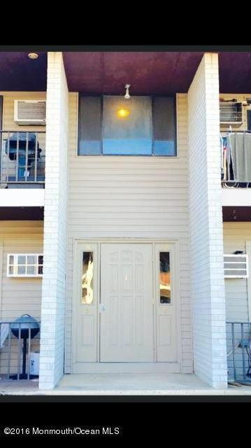Photo of home for sale at 330 Shore Drive Drive, Highlands NJ