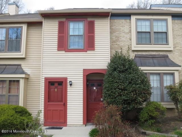 Photo of home for sale at 254 Grassmere Court Court, Aberdeen NJ