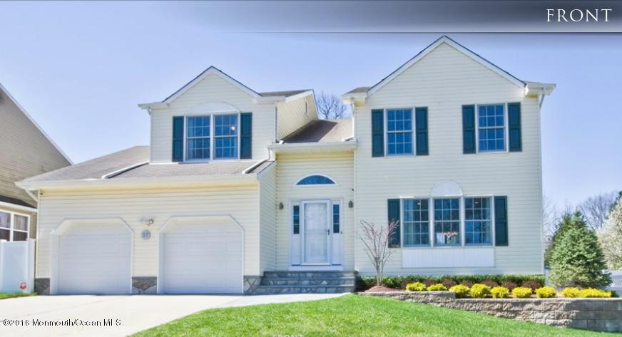 Photo of home for sale at 37 Winchester Drive Drive, Howell NJ
