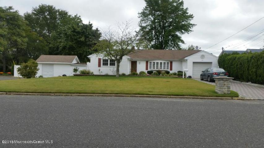 Photo of home for sale at 54 Poplar Avenue Avenue, West Long Branch NJ