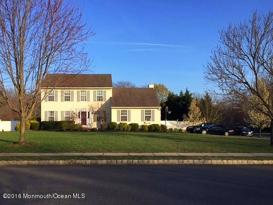 Photo of home for sale at 1 Dove Mill Cres, Jackson NJ