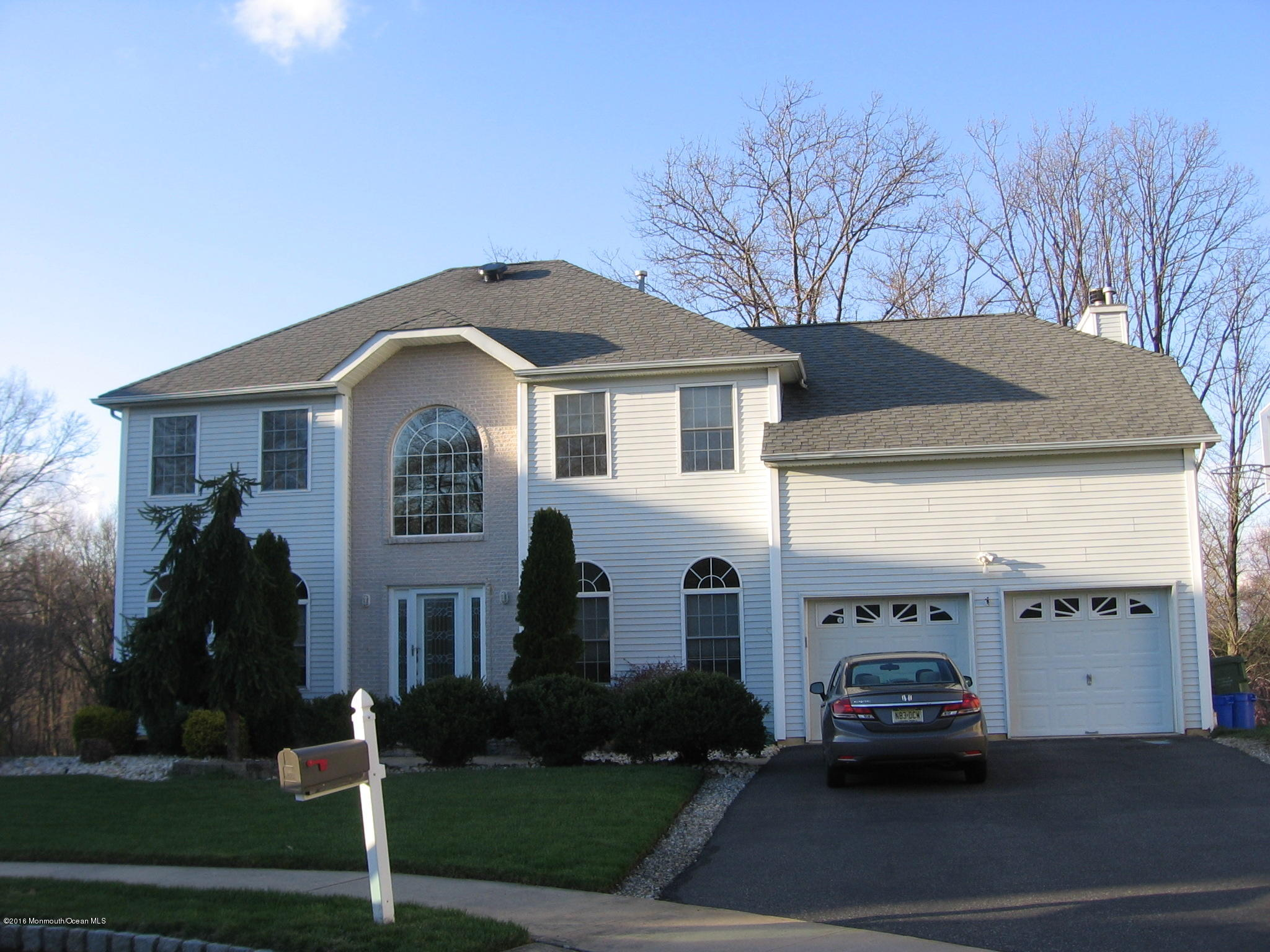 Photo of home for sale at 10 Keenan Street Street, Parlin NJ