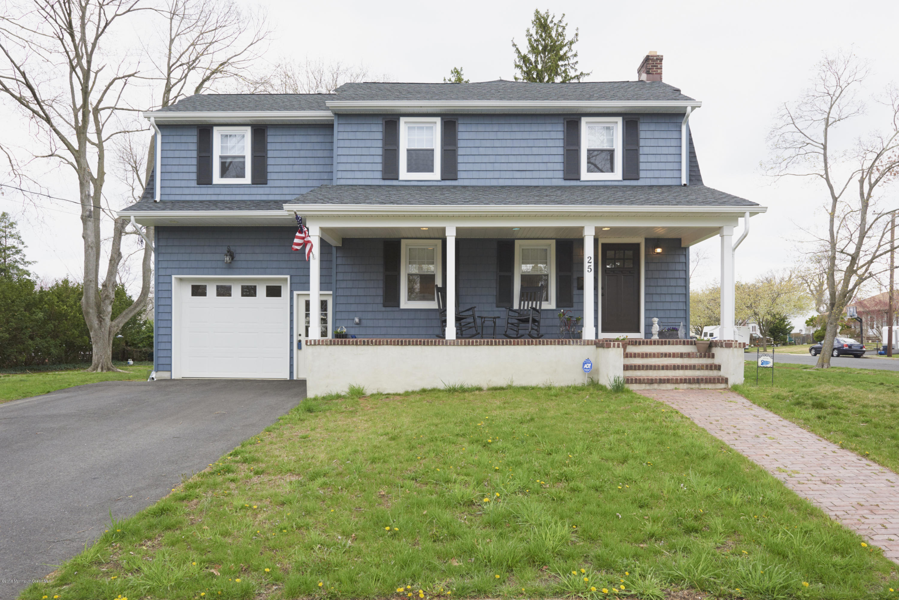 Photo of home for sale at 25 Cooper Boulevard Boulevard, Red Bank NJ