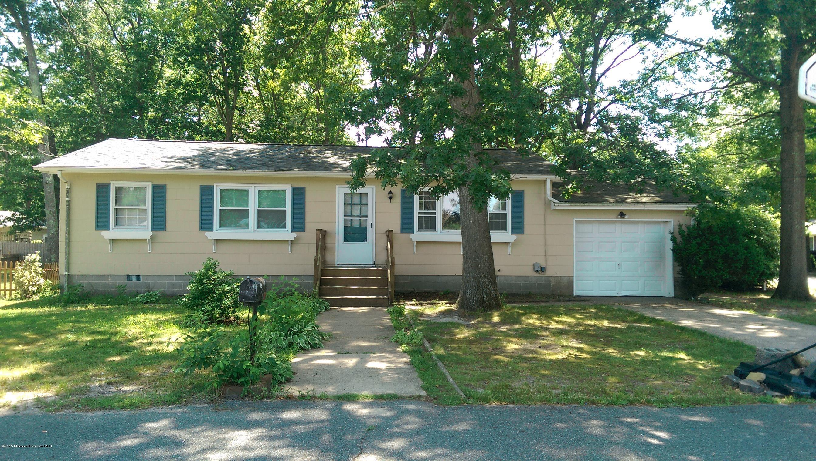 Photo of home for sale at 1233 Clearview Street Street, Forked River NJ