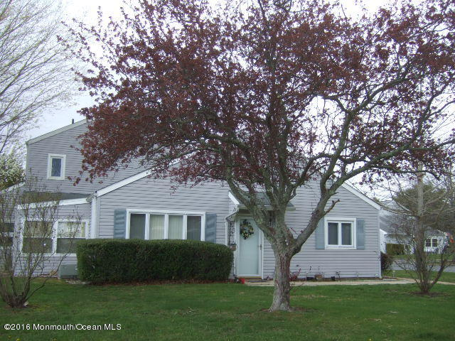 Photo of home for sale at 1 Seas Court Court S, Barnegat NJ