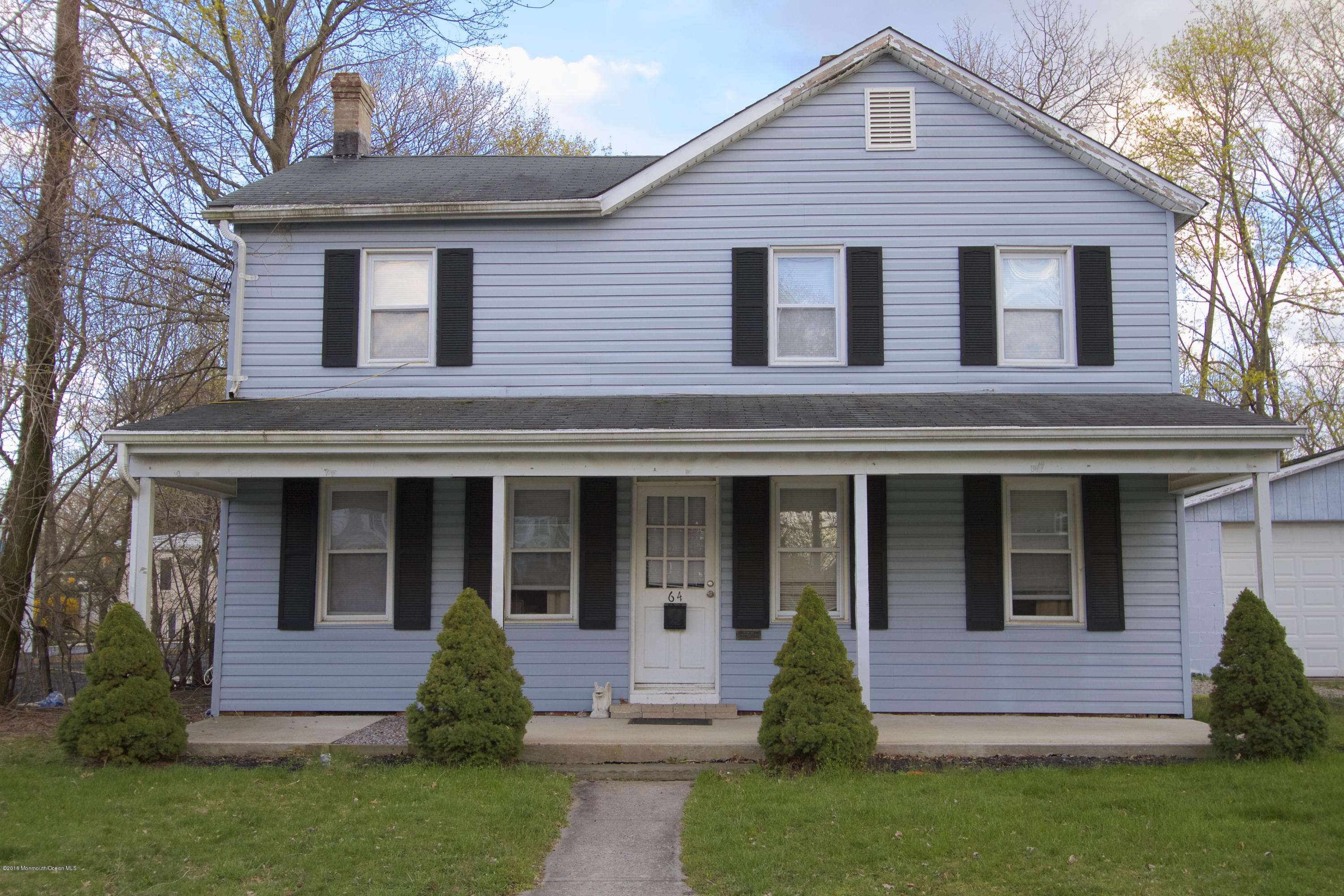 Photo of home for sale at 64 Throckmorton Avenue Avenue, Eatontown NJ