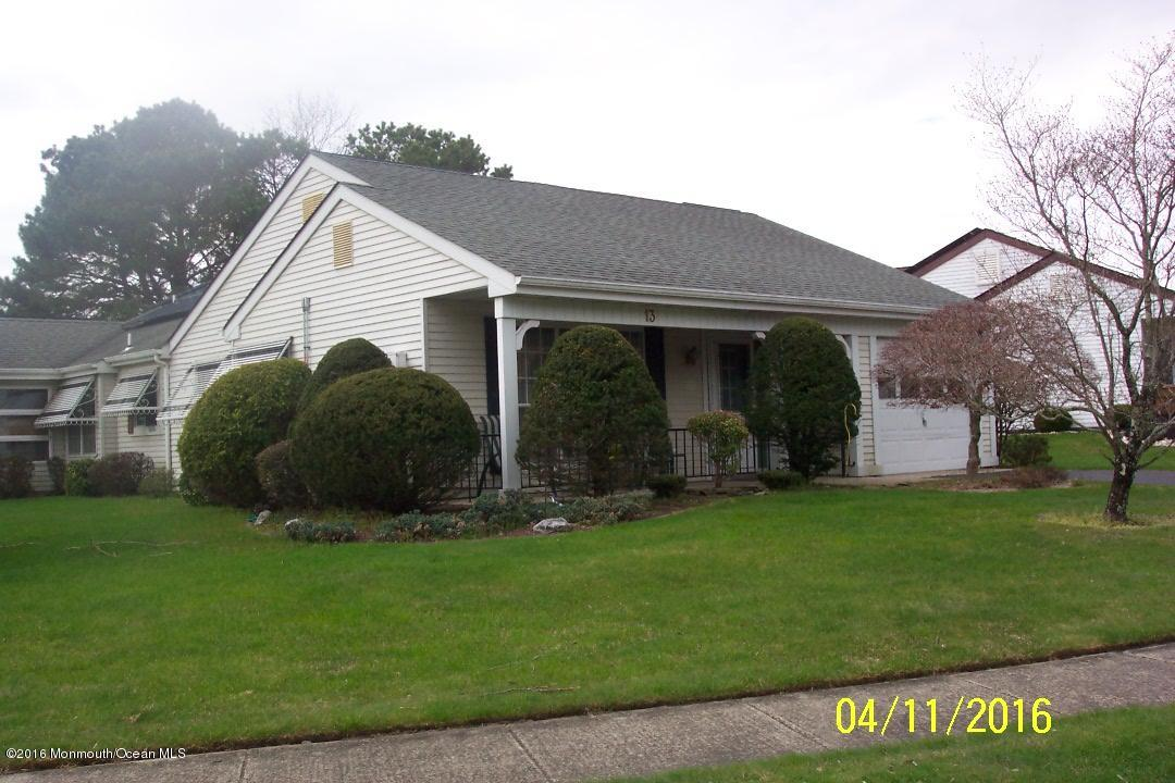 Photo of home for sale at 13 Twyford Lane Lane, Manchester NJ