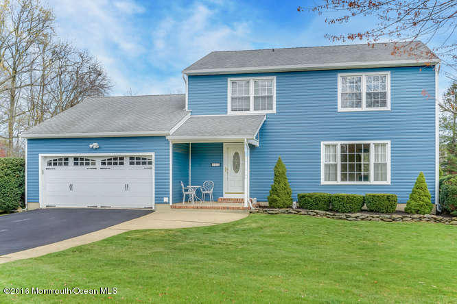 Photo of home for sale at 12 Phillips Mills Drive Drive, Middletown NJ