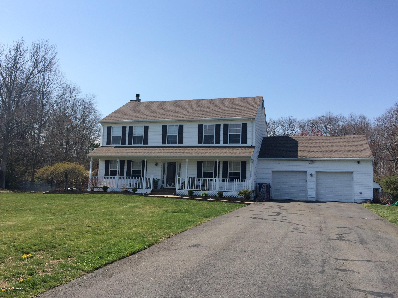 Photo of home for sale at 14 Autumn Avenue Avenue, Jackson NJ