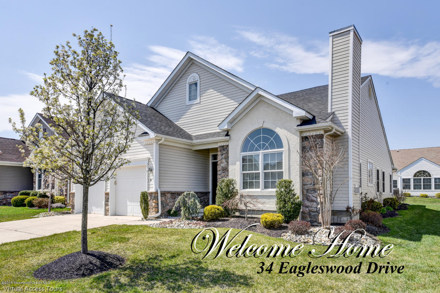 Photo of home for sale at 34 Eagleswood Drive Drive, Waretown NJ
