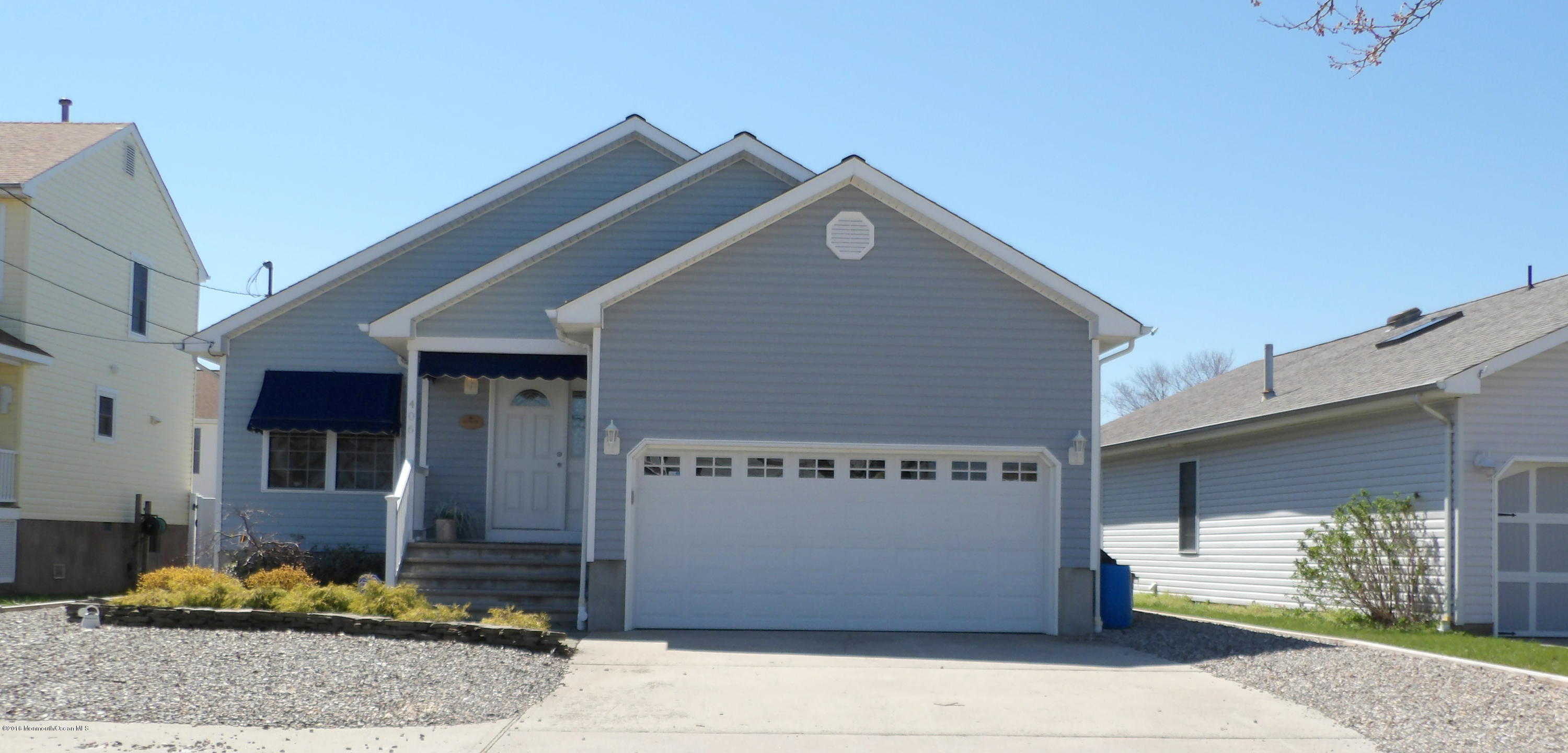 Photo of home for sale at 406 Broadway, Point Pleasant Beach NJ