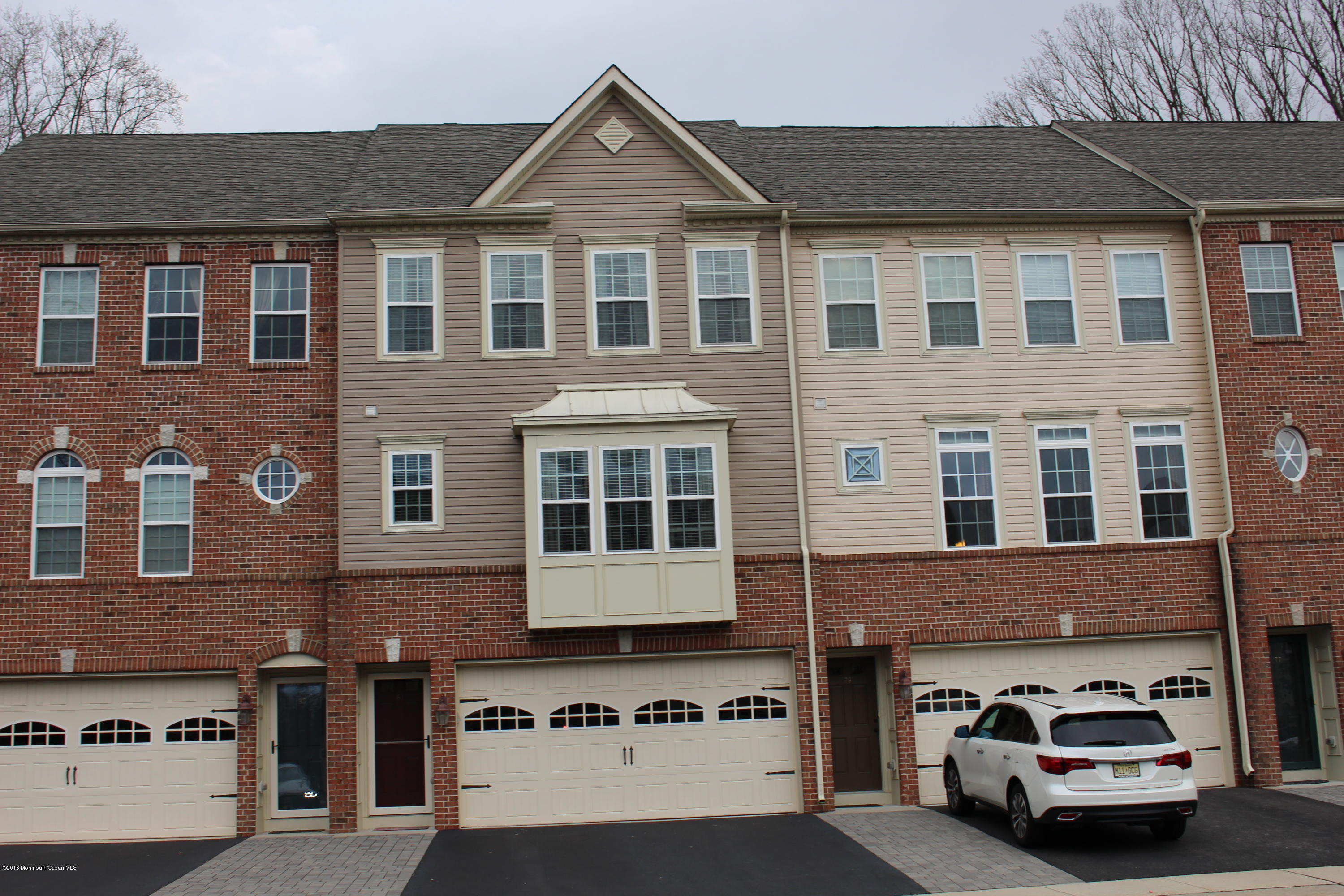 Photo of home for sale at 81 Pate Drive Drive, Middletown NJ