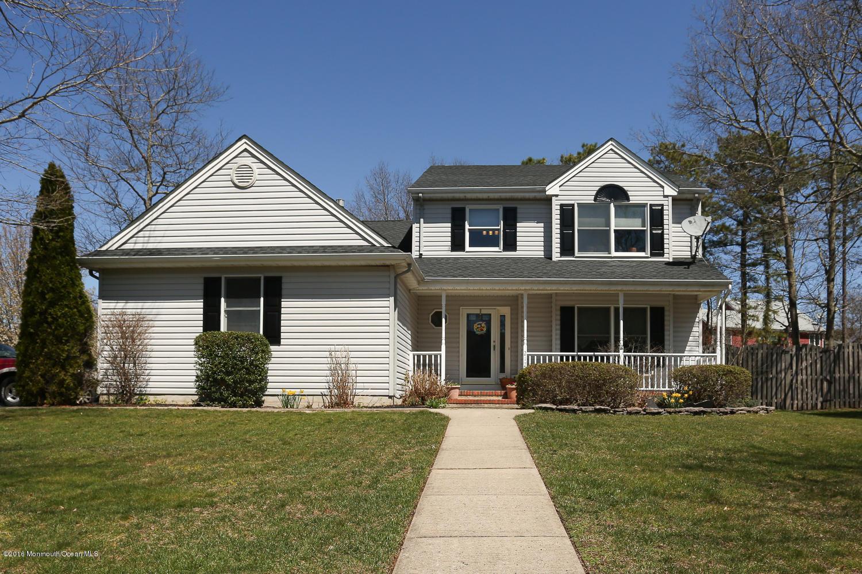 Photo of home for sale at 217 Lazy Oak Lane Lane, Manahawkin NJ