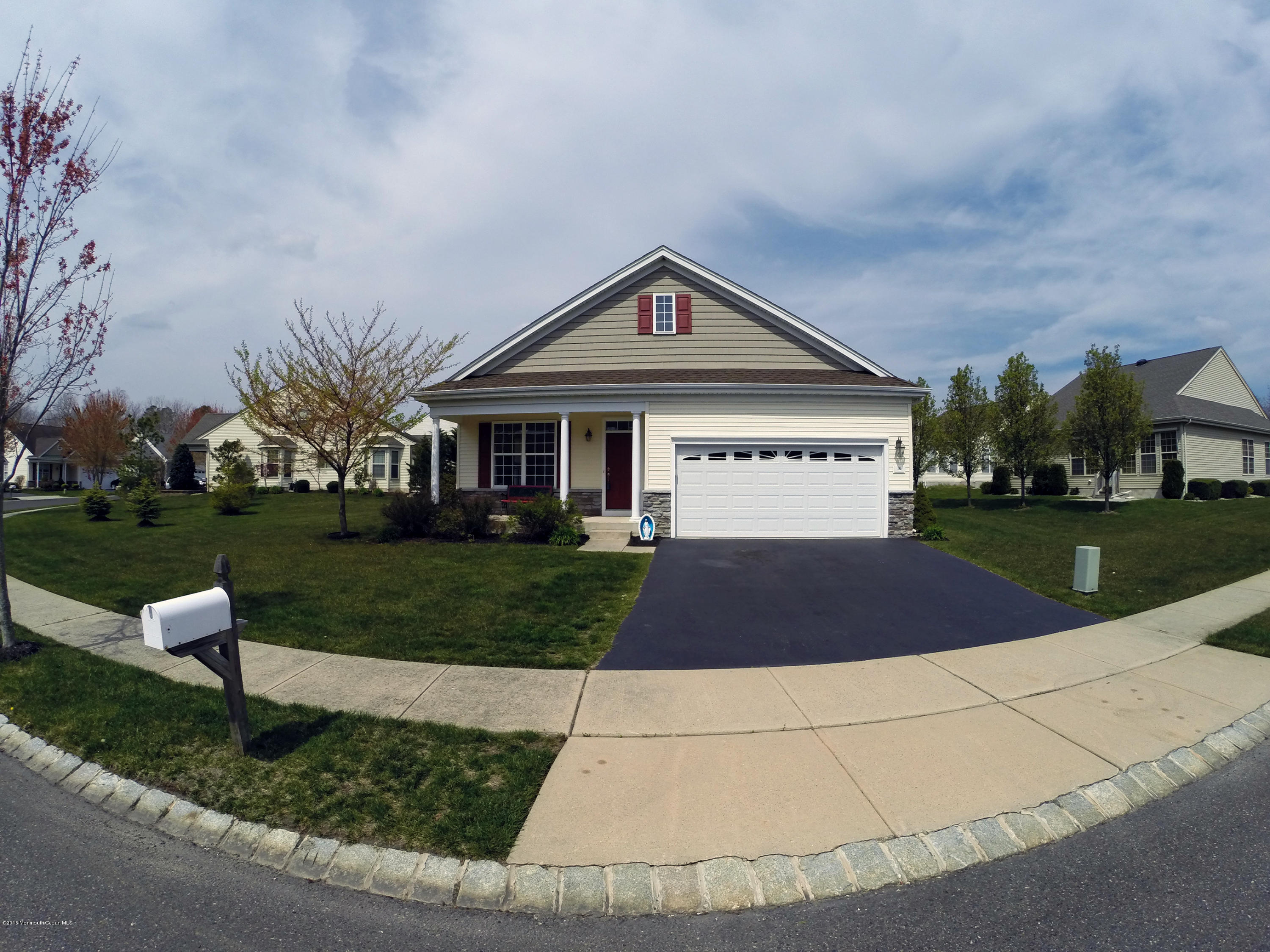 Photo of home for sale at 14 Westport Drive Drive, Barnegat NJ