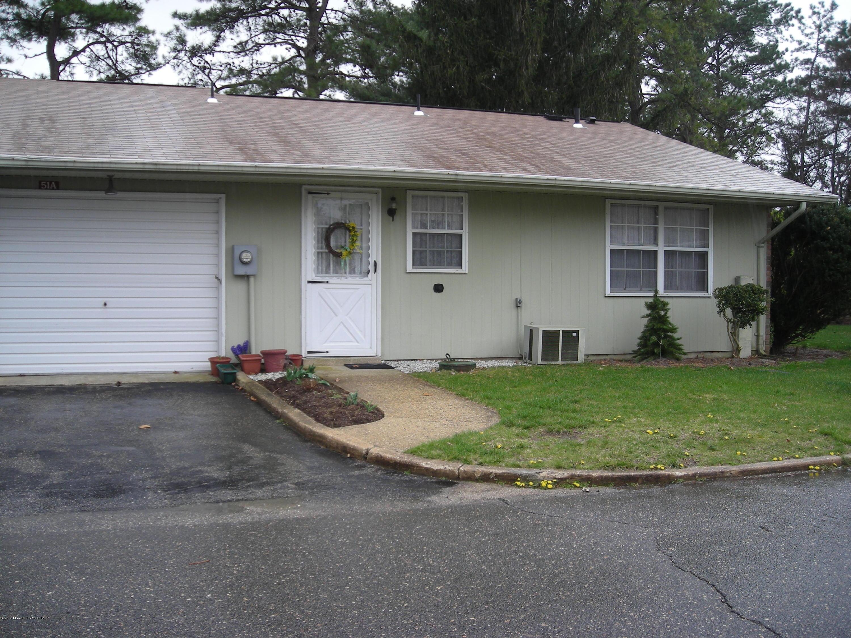 Photo of home for sale at 51 Edinburgh Lane Lane, Manchester NJ
