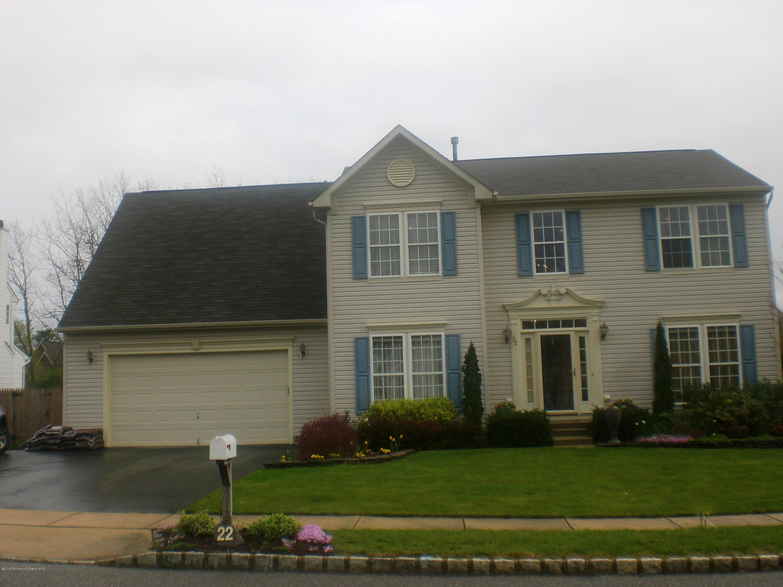 Photo of home for sale at 22 Benjamin Court Court, Barnegat NJ