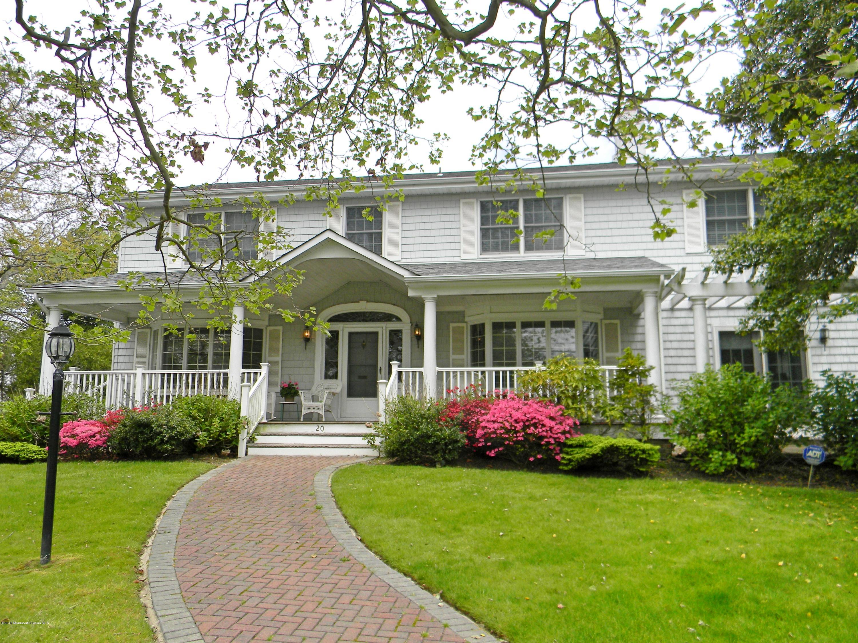 Photo of home for sale at 20 Vroom Avenue Avenue, Spring Lake NJ