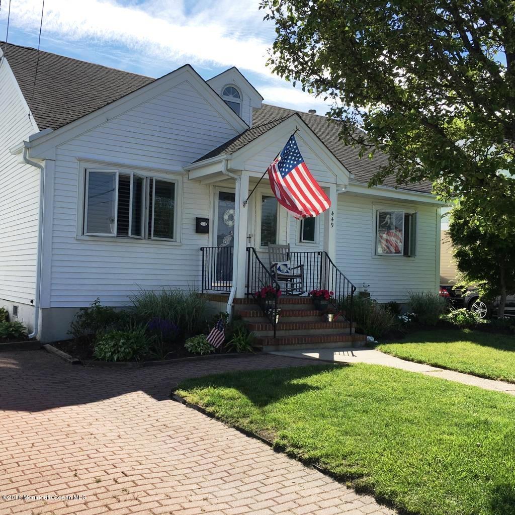 Photo of home for sale at 449 Euclid Avenue Avenue, Manasquan NJ