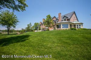 20 AVENUE OF TWO RIVERS, RUMSON, NJ 07760  Photo 10