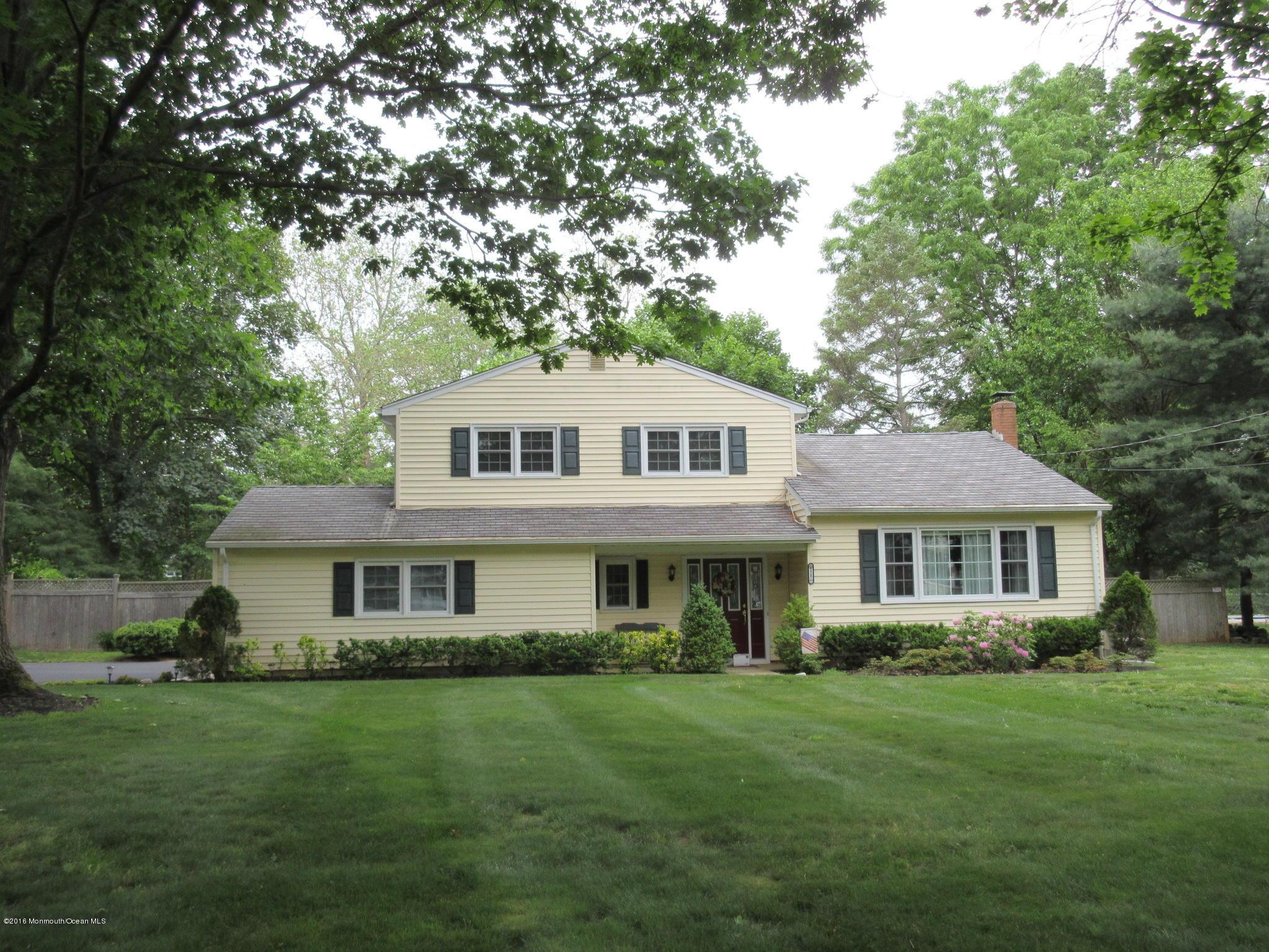 Photo of home for sale at 50 Partridge Lane Lane, Tinton Falls NJ